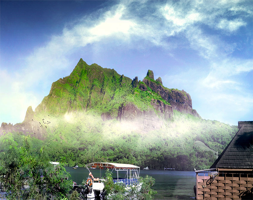 French Polynesia, Moorea island, green mountains and mist. (Nos Dren)